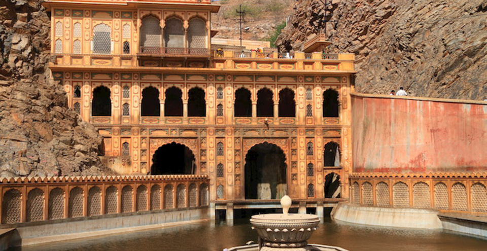 Galtaji Temple - Religious places to visit in Rajasthan